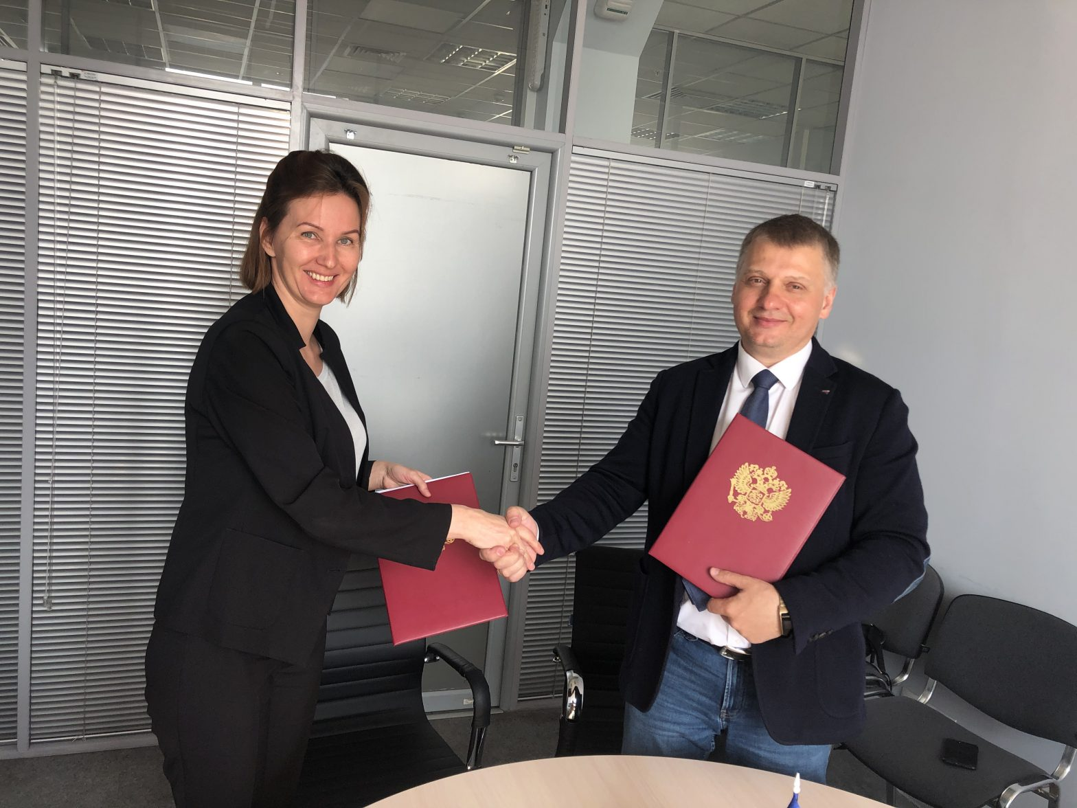 Приморское краевое отделение «ОПОРЫ РОССИИ» подписало соглашение о сотрудничестве АО «Роял Кредит Банк»